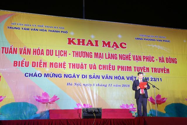 Khai mạc Tuần lễ văn hóa du lịch - thương mại làng nghề Vạn Phúc - Hà Đông 2018 - Ảnh 1.