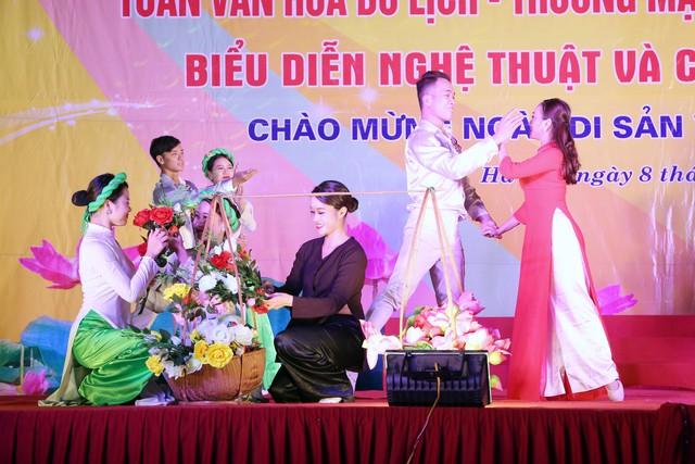 Khai mạc Tuần lễ văn hóa du lịch - thương mại làng nghề Vạn Phúc - Hà Đông 2018 - Ảnh 9.