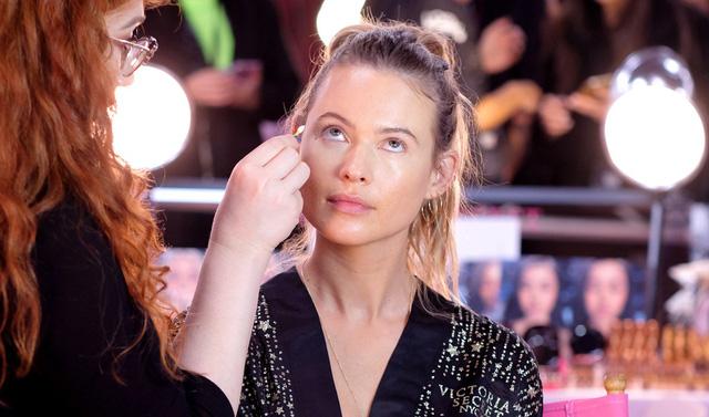 Khoảnh khắc rạng ngời sau sân khấu của dàn mẫu Victoria's Secret Fashion Show 2018 - Ảnh 4.