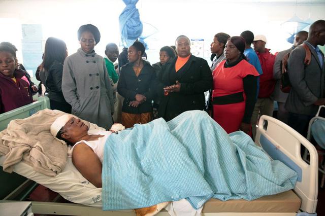 Tai nạn xe bus ở Zimbabwe, ít nhất 47 người thiệt mạng - Ảnh 7.