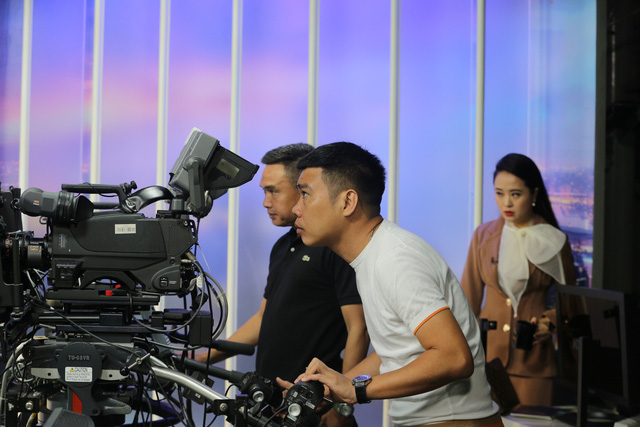 """Dàn MC xinh đẹp trong buổi quay thử chương trình mới """"Việt Nam hôm nay"""" - Ảnh 14."""