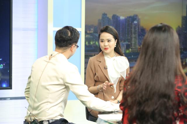 """Dàn MC xinh đẹp trong buổi quay thử chương trình mới """"Việt Nam hôm nay"""" - Ảnh 4."""