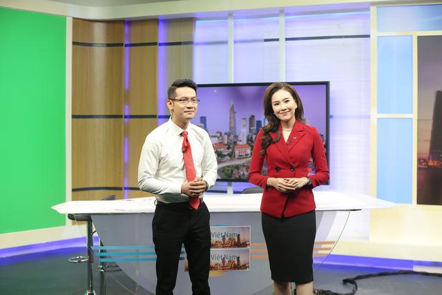 """Dàn MC xinh đẹp trong buổi quay thử chương trình mới """"Việt Nam hôm nay"""" - Ảnh 13."""