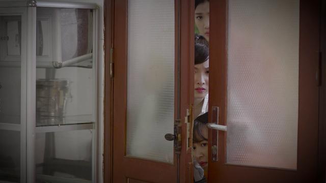 Hé lộ trailer đầy kịch tính và nước mắt phim Những cô gái trong thành phố - Ảnh 6.