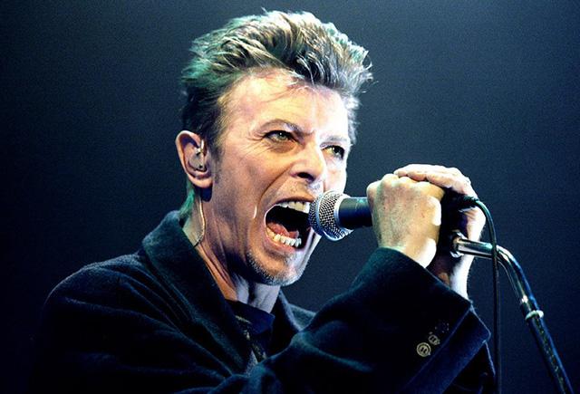 Sau huyền thoại nhạc rock Queen, sẽ có phim về David Bowie? - Ảnh 1.