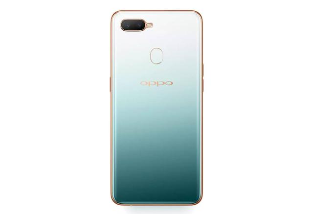 Những mẫu smartphone dành cho mùa Giáng sinh 2018 - Ảnh 4.