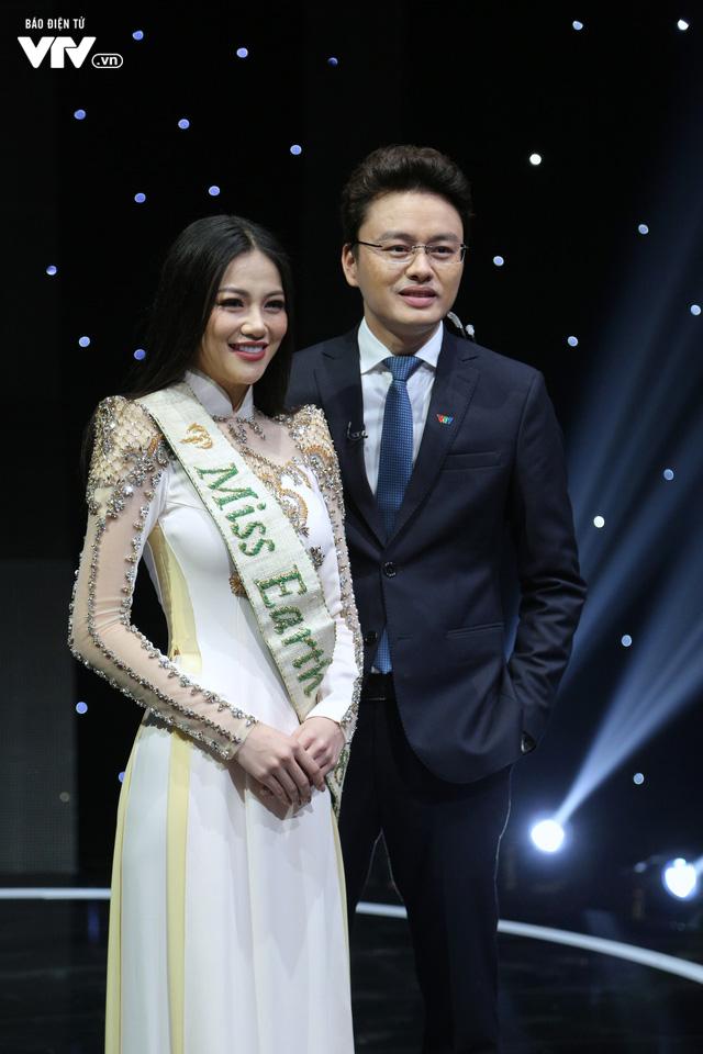 Quang Hải U23 Việt Nam, Hoa hậu Phương Khánh bị bủa vây trên trường quay Dấu ấn 2018 - Ảnh 7.