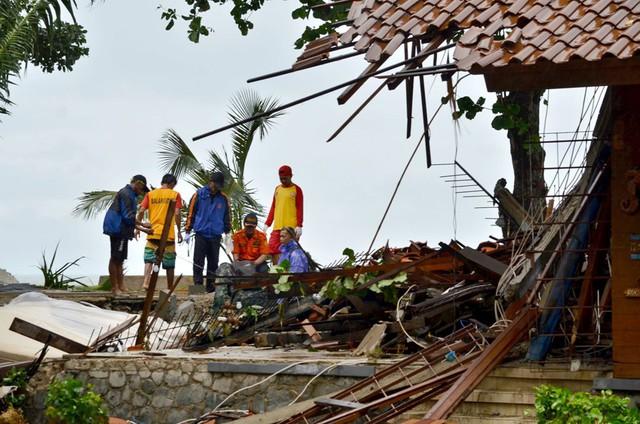 Sóng thần ở Indonesia: Giới chuyên gia cảnh báo về nguy cơ sóng thần mới - Ảnh 2.