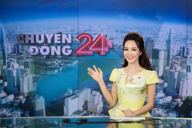 BTV/Á hậu Thụy Vân tái hiện cú ngã thần thánh trong buổi casting MC chương trình Mã QR may mắn - Ảnh 3.