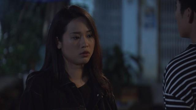 Mẹ ơi, bố đâu rồi? - Tập 31: Vạch tội chị và em gái, Ly (Quỳnh Kool) tự nhận là cô con gái ngoan nhất nhà - Ảnh 3.