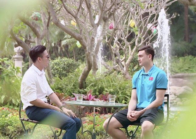 Gặp gỡ thủ môn Đặng Văn Lâm trong Bản tin đặc biệt VTV4 - Ảnh 1.