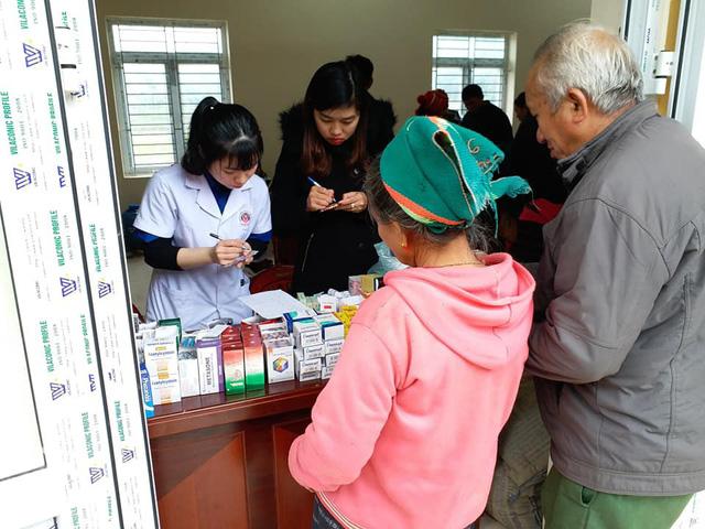 Khám, cấp phát thuốc miễn phí cho người dân có hoàn cảnh khó khăn ở Nghệ An - Ảnh 3.