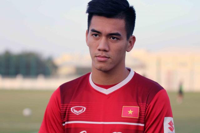 ẢNH: Buổi tập đầu tiên của ĐT Việt Nam tại Qatar chuẩn bị cho Asian Cup 2019 - Ảnh 3.