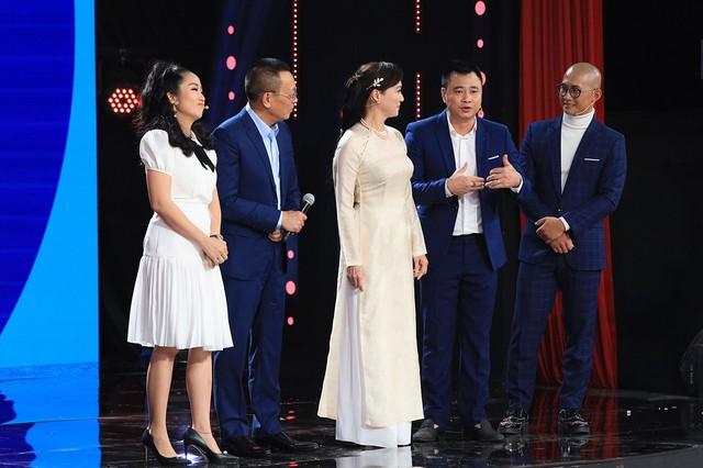 Nhà báo Lại Văn Sâm mang cả trời thương nhớ lên sóng truyền hình - Ảnh 2.