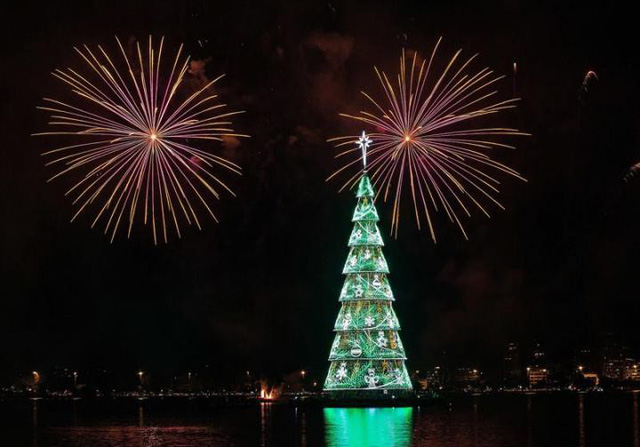 Không khí Giáng sinh sớm ở Rio de Janeiro, Brazil - Ảnh 4.