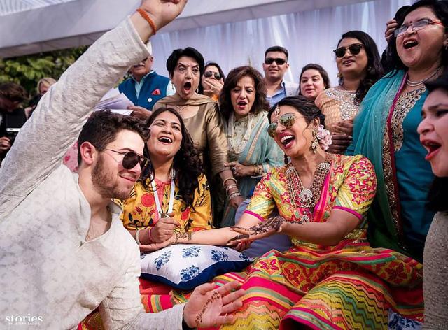 Hậu đám cưới, Nick Jonas tung ảnh tình cảm với vợ - Ảnh 2.