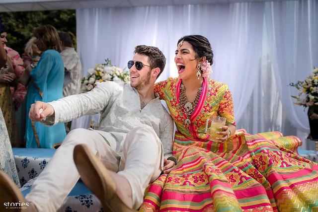 Hậu đám cưới, Nick Jonas tung ảnh tình cảm với vợ - Ảnh 1.