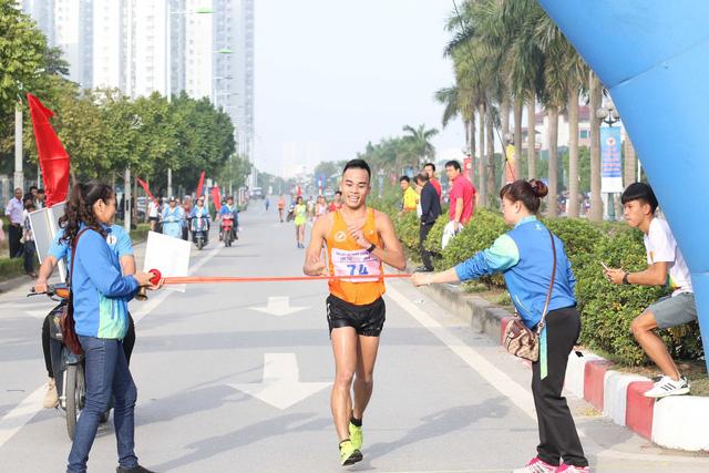 Môn Điền kinh Đại hội TTTQ 2018: Chị em Thanh Phúc, Thành Ngưng giành 2 HCV cuối cùng - Ảnh 1.
