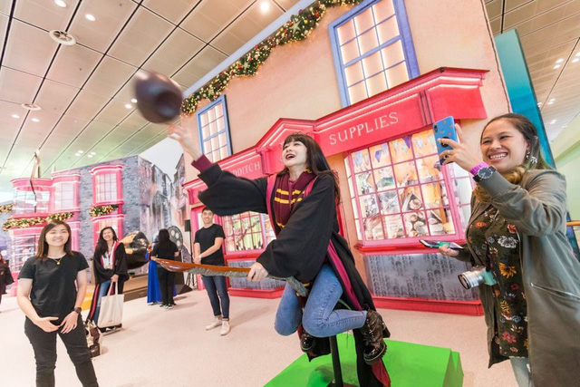 """Sân bay Singapore bỗng trở thành thiên đường """"Harry Potter"""" - Ảnh 3."""