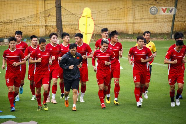 AFF Cup 2018: ĐT Việt Nam đón tin không vui trước trận bán kết lượt về - Ảnh 2.