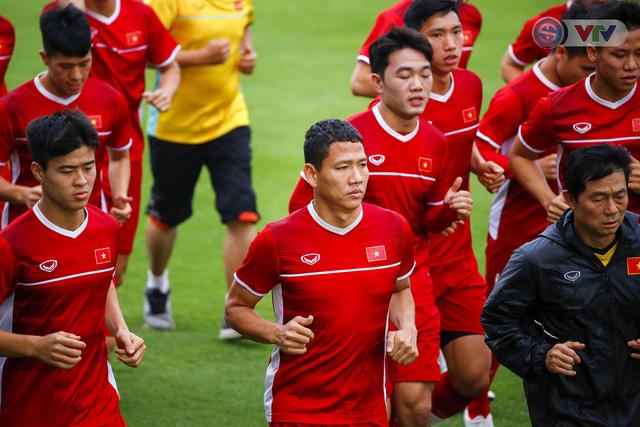 AFF Cup 2018: ĐT Việt Nam đón tin không vui trước trận bán kết lượt về - Ảnh 3.