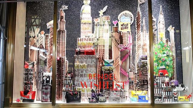 Không khí Giáng sinh qua những ô cửa kính ở New York, Mỹ - Ảnh 8.