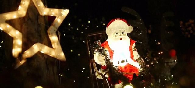 Rực rỡ ngôi nhà Giáng sinh ở Áo - Ảnh 7.