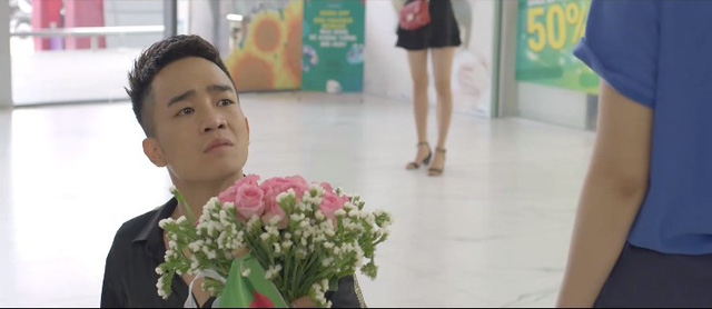 Yêu thì ghét thôi - Tập 28: Dũng (Duy Nam) mặt dày tỏ tình với Phương Anh (Trang Cherry) giữa trung tâm thương mại - ảnh 5