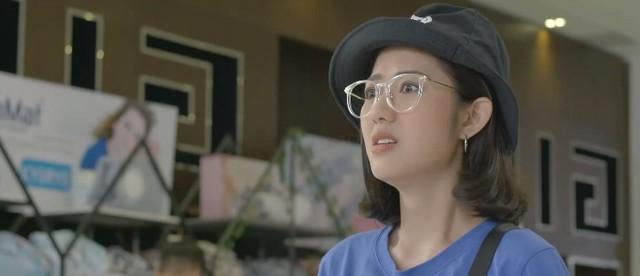 Yêu thì ghét thôi - Tập 28: Dũng (Duy Nam) mặt dày tỏ tình với Phương Anh (Trang Cherry) giữa trung tâm thương mại - ảnh 3