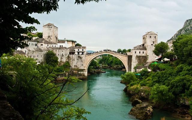 Những dòng sông dài và đẹp nhất thế giới - Ảnh 12.