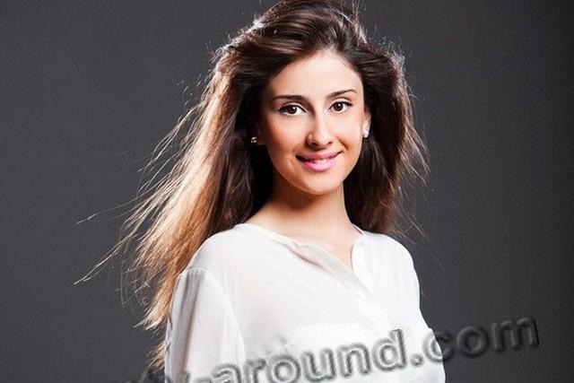 Ảnh: Top 10 phụ nữ Azerbaijan đẹp nhất thế giới - Ảnh 7.