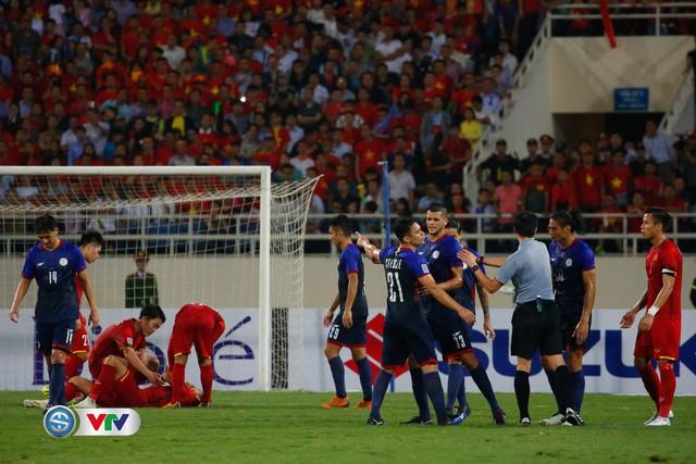 ẢNH: Toàn cảnh ĐT Việt Nam giành chiến thắng trước ĐT Philippines trên sân Mỹ Đình - Ảnh 12.