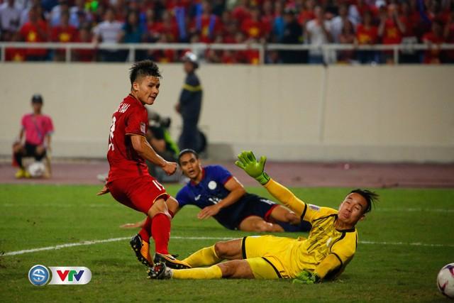 Đội hình tiêu biểu bán kết AFF Cup 2018: ĐT Việt Nam đóng góp 4 gương mặt - Ảnh 3.