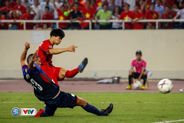 ẢNH: Toàn cảnh ĐT Việt Nam giành chiến thắng trước ĐT Philippines trên sân Mỹ Đình - Ảnh 18.