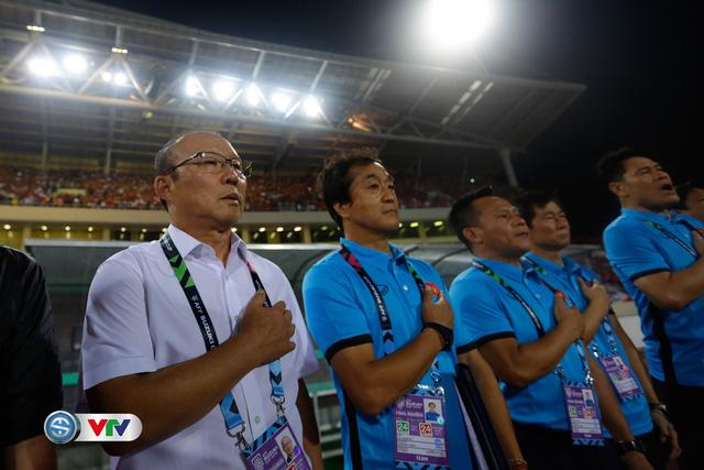 ẢNH: Toàn cảnh ĐT Việt Nam giành chiến thắng trước ĐT Philippines trên sân Mỹ Đình - Ảnh 3.