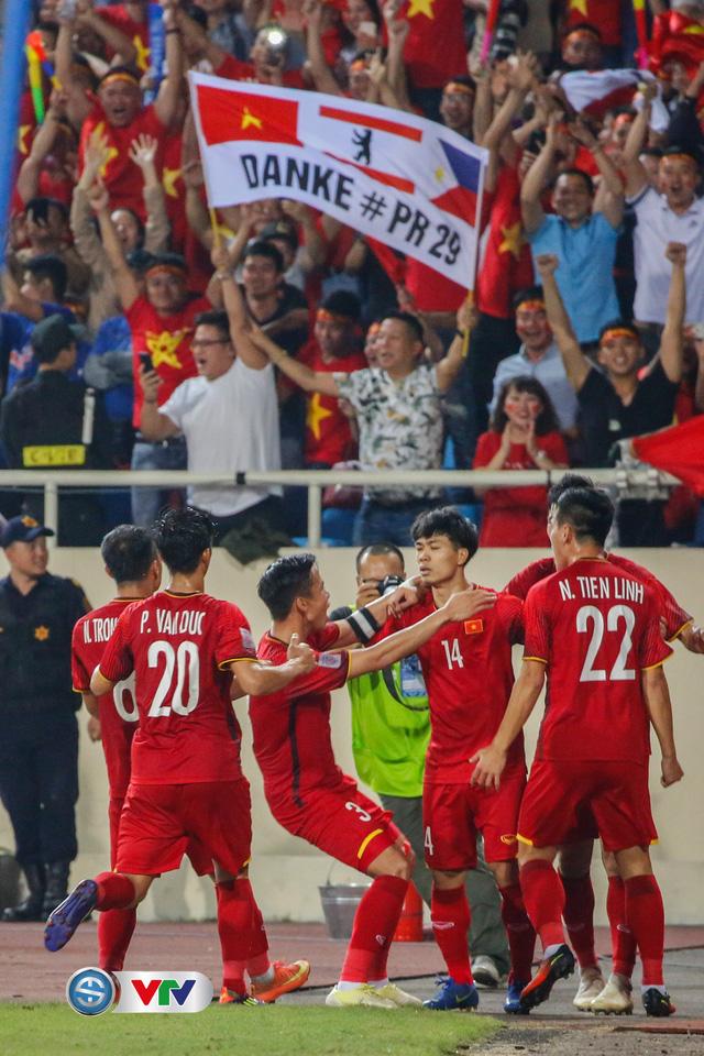 ẢNH: Toàn cảnh ĐT Việt Nam giành chiến thắng trước ĐT Philippines trên sân Mỹ Đình - Ảnh 19.