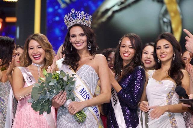 Người đẹp Puerto Rico đăng quang Hoa hậu Siêu quốc gia 2018, Minh Tú lọt Top 10 - Ảnh 2.