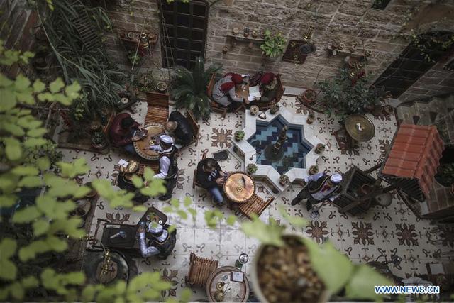 Nhà cổ hàng trăm năm tuổi lột xác thành nhà hàng ở dải Gaza - Ảnh 4.
