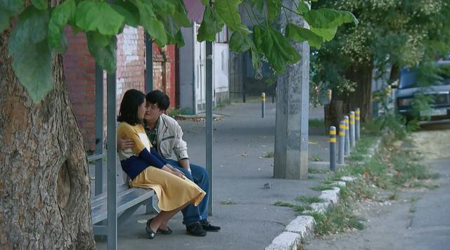 Tình khúc Bạch Dương tung trailer đẹp say đắm về nước Nga - Ảnh 1.