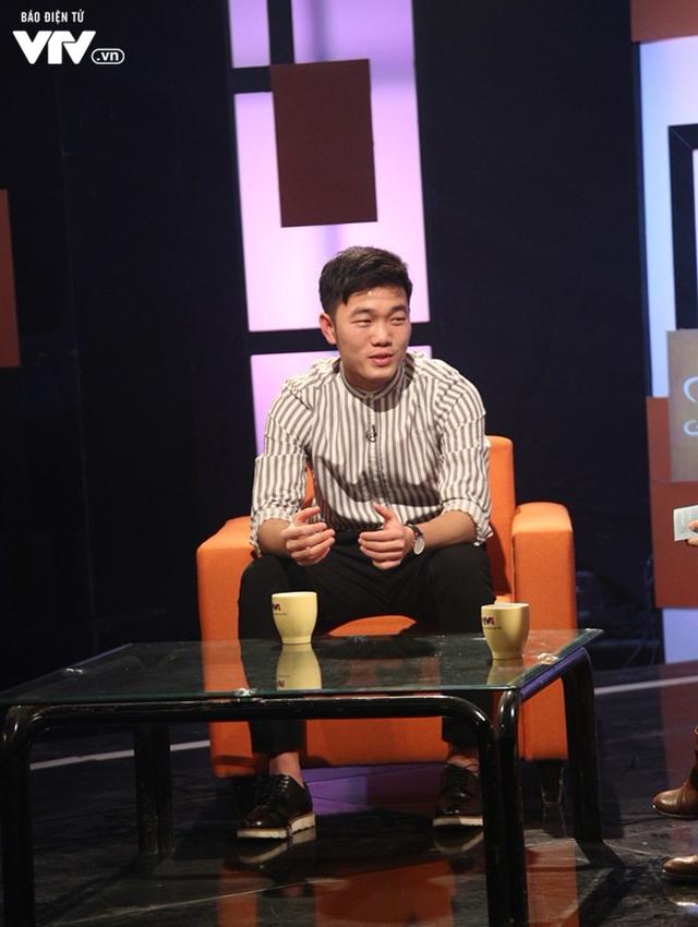 Xuân Trường bảnh như trai Hàn trong Talk Vietnam - Ảnh 4.