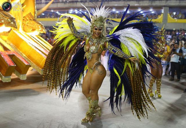 Tưng bừng lễ hội Carnival tại Brazil - Ảnh 4.