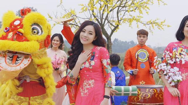 """Sao mai Mai Diệu Ly xinh tươi trong MV """"Ngày Tết quê em""""  - Ảnh 3."""