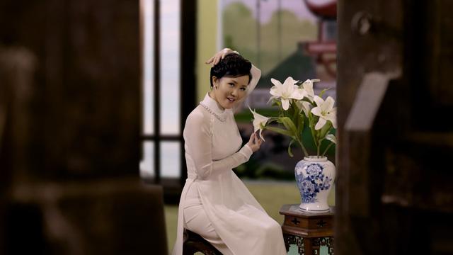 Diva Hồng Nhung, Đông Nhi đẹp dịu dàng trong Tết nghĩa là hy vọng - Ảnh 4.