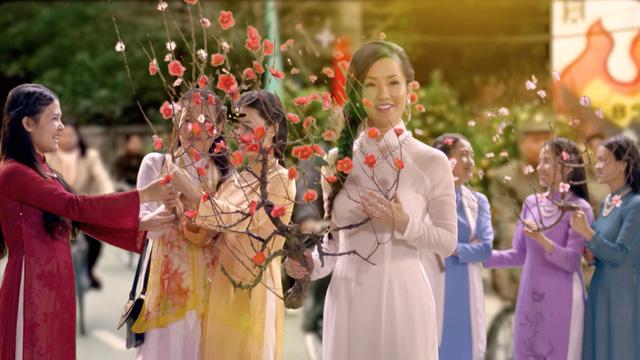 Diva Hồng Nhung, Đông Nhi đẹp dịu dàng trong Tết nghĩa là hy vọng - Ảnh 3.
