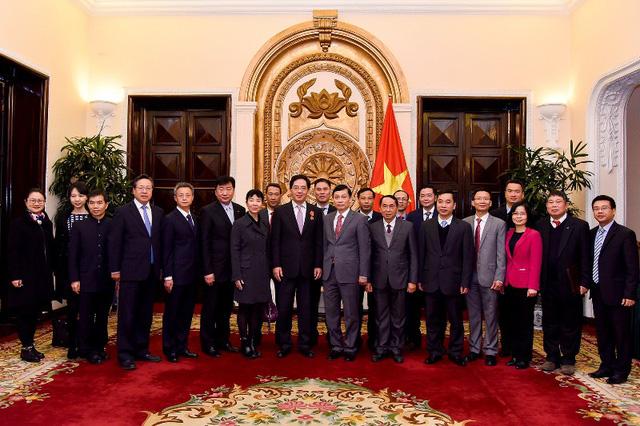 Trao tặng Huân chương Hữu nghị cho Đại sứ nước CHND Trung Hoa Hồng Tiểu Dũng - Ảnh 5.