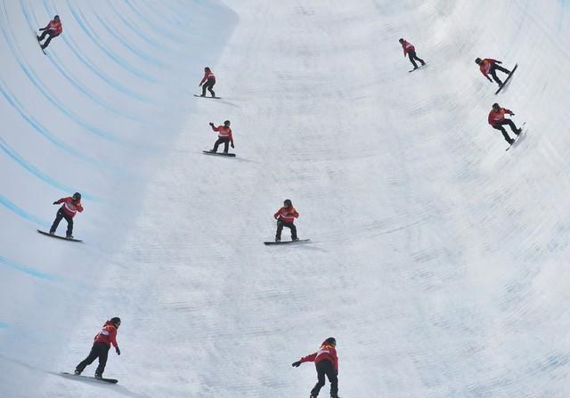 ẢNH: Những hình ảnh ấn tượng ngày thi đấu 13/2 của Olympic PyeongChang 2018 - Ảnh 7.