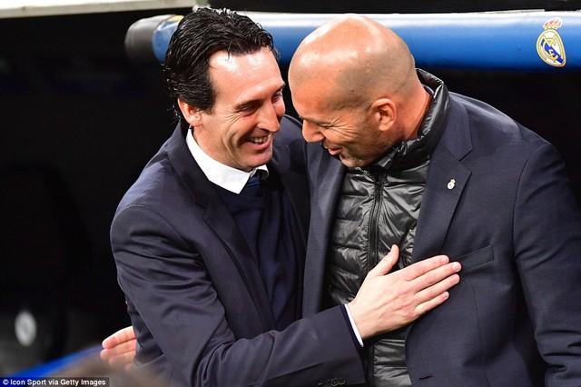 ẢNH: Những khoảnh khắc ấn tượng trong trận Real Madrid ngược dòng thành công trước PSG - Ảnh 1.