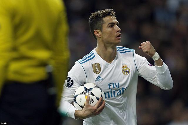 ẢNH: Những khoảnh khắc ấn tượng trong trận Real Madrid ngược dòng thành công trước PSG - Ảnh 13.