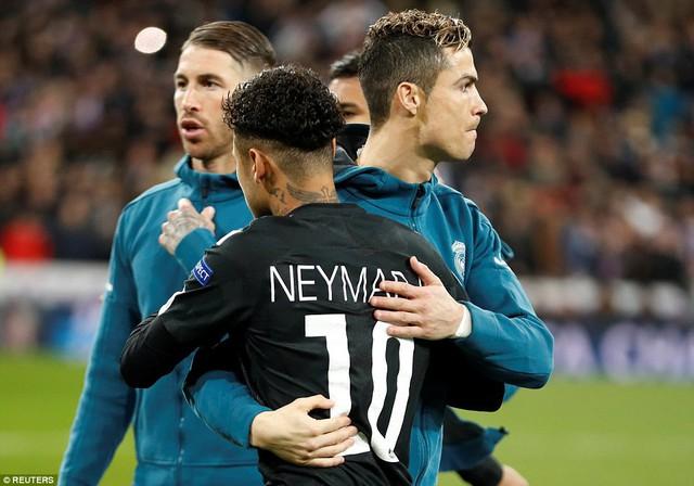 ẢNH: Những khoảnh khắc ấn tượng trong trận Real Madrid ngược dòng thành công trước PSG - Ảnh 2.