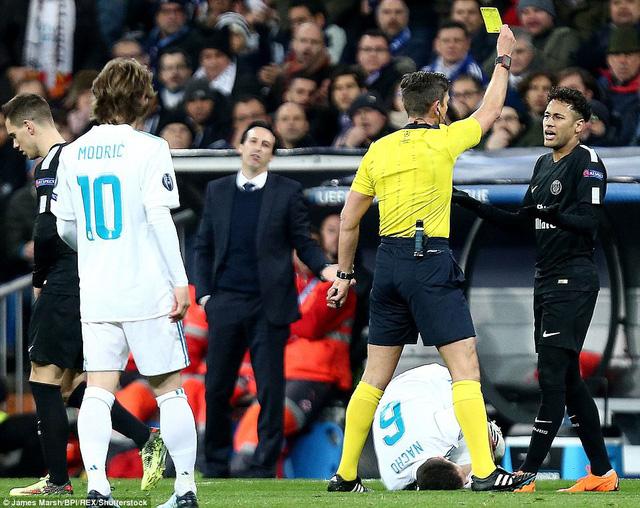 ẢNH: Những khoảnh khắc ấn tượng trong trận Real Madrid ngược dòng thành công trước PSG - Ảnh 4.